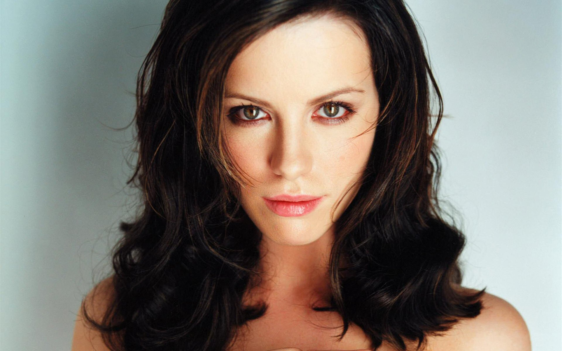 Kate Beckinsale Offered Total Recall Role Heyuguys