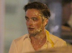 robert pattinson cosmopolis set pics 2