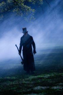 Abraham Lincoln Vampire Hunter - HeyUGuys Exclusive (1)