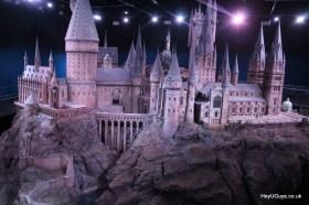 Harry Potter Studio Tour - Hogwarts Model - HeyUGuys (5)