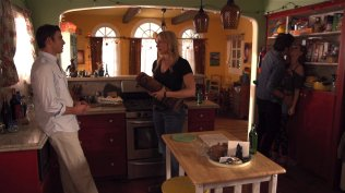 Laura Prepon and Bryan Greenberg in The Kitchen 2