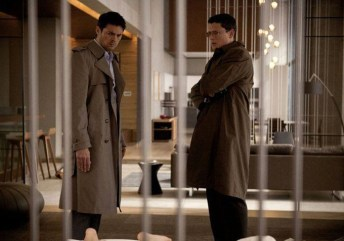 Karl Urban and Wentworth Miller in The Loft
