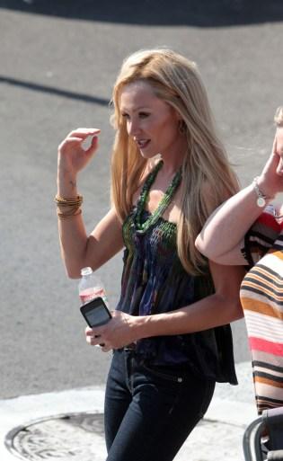 Portia de Rossi on Arrested Development Set
