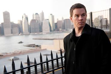 Mark-Wahlberg-Broken-City