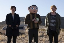 Maggie-Gyllenhaal-Michael-Fassbender-and-Domhnall-Gleeson-in-Frank