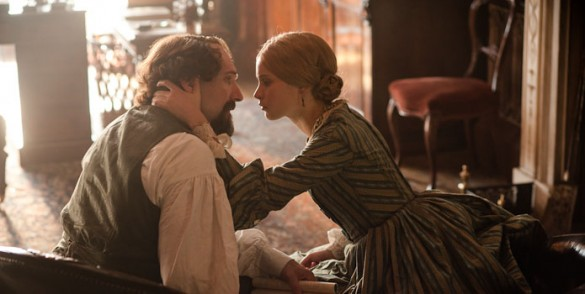 Ralph-Fiennes-and-Felicity-Jones-in-The-Invisible-Woman
