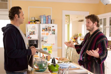 Vince-Vaughn-and-Chris-Pratt-in-Delivery-Man