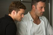 Justin-Timberlake-and-Ben-Affleck-in-Runner-Runner