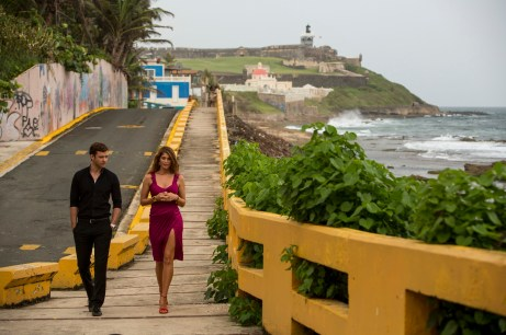 Justin-Timberlake-and-Gemma-Arterton-in-Runner-Runner
