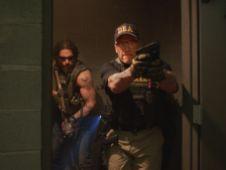Joe-Manganiello-and-Arnold-Schwarzenegger-in-Sabotage