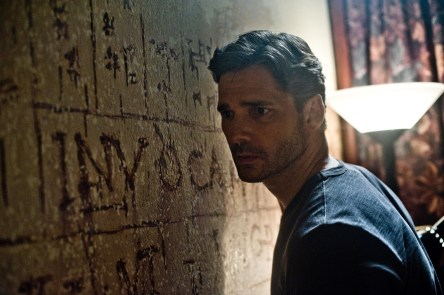 Eric-Bana-in-Deliver-Us-From-Evil
