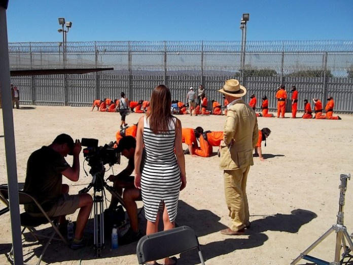 The Human Centipede 3 (Final Sequence) bts