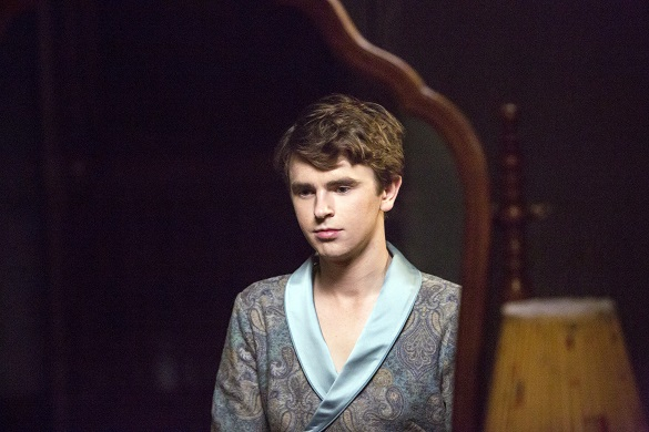 """BATES MOTEL -- """"A Danger to Himself and Others"""" Episode 401 -- Pictured: Freddie Highmore as Norman Bates -- (Photo by: Bettina Strauss/Universal Television)"""