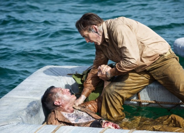 Tom Sizemore and Nicolas Cage in USS Indianapolis