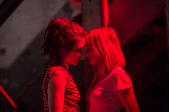 Gypsy - Naomi Watts (red lights)