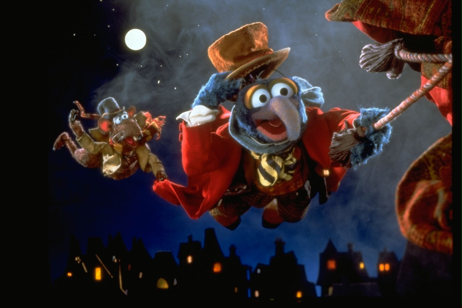 Muppet Christmas.The Muppet Christmas Carol Is Coming Back To Cinemas Here S