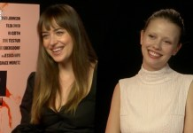 dakota johnson mia goth suspiria