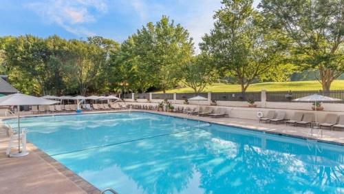 gpirst-omni-grove-park-inn-outdoor-pool-1