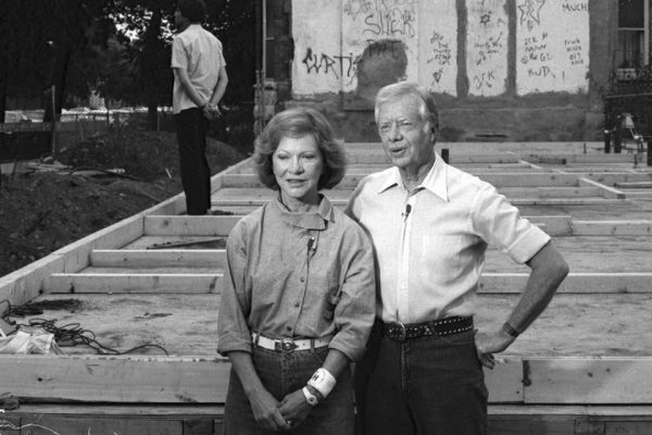 jimmy-rosalynn-carter-work-project-habitat-for-humanity-2