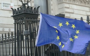 EU flag in front of downing street