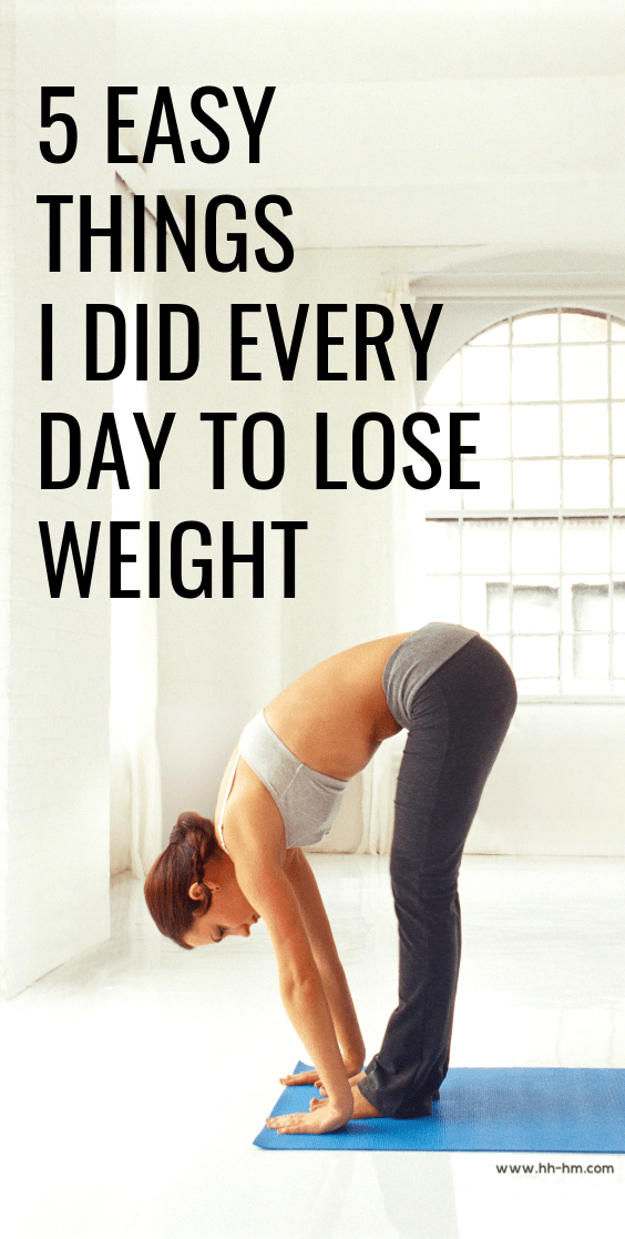 There are 5 easy things that I did every day to lose 20 pounds after having a baby! It wasn't easy, but these healthy daily habits have made a difference in my life. | clean eating tips for beginners | workout plan for beginners