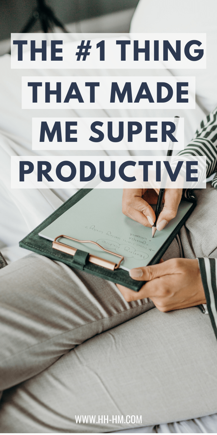 The one thing that made me super productive, helped me develop good daily habits, stop procrastinating, achieve my goals and make extra money - this has changed everything in the way I work and in my life. It's one of the most important productivity tips!
