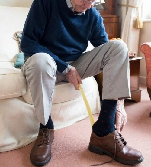 The long handled shoe horn is great for anyone struggling to reach their feet including bad back suffers, or people recovering after hip or knee surgery. Frustration free dressing.