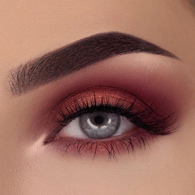 Bloodshot Eyes Makeup Cartooncreative