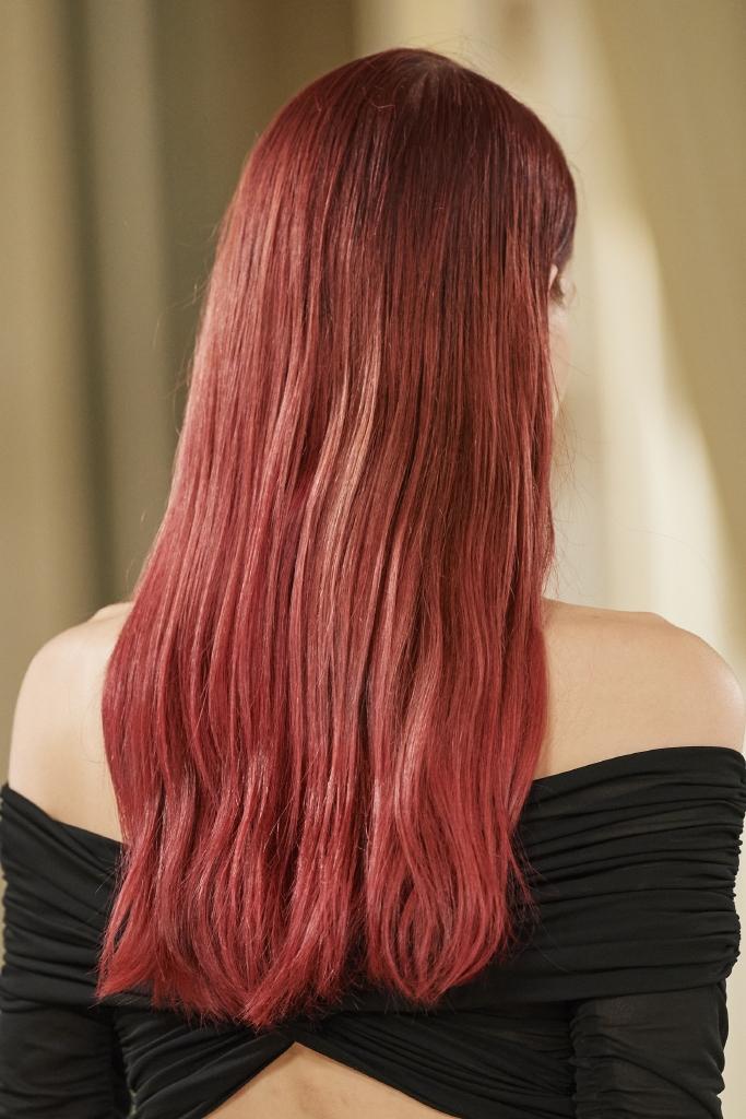 صبغ شعر أحمر