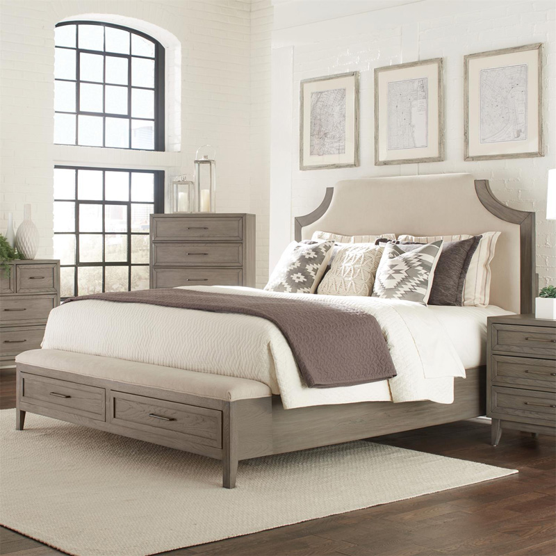 Riverside 46170 Vogue Upholstered Bed With Storage Bench
