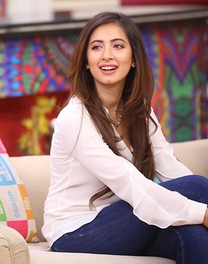Komal Aziz Khan Pakistani Tv actress