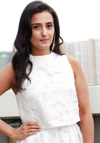 Momal Sheikh Height, Weight, Age