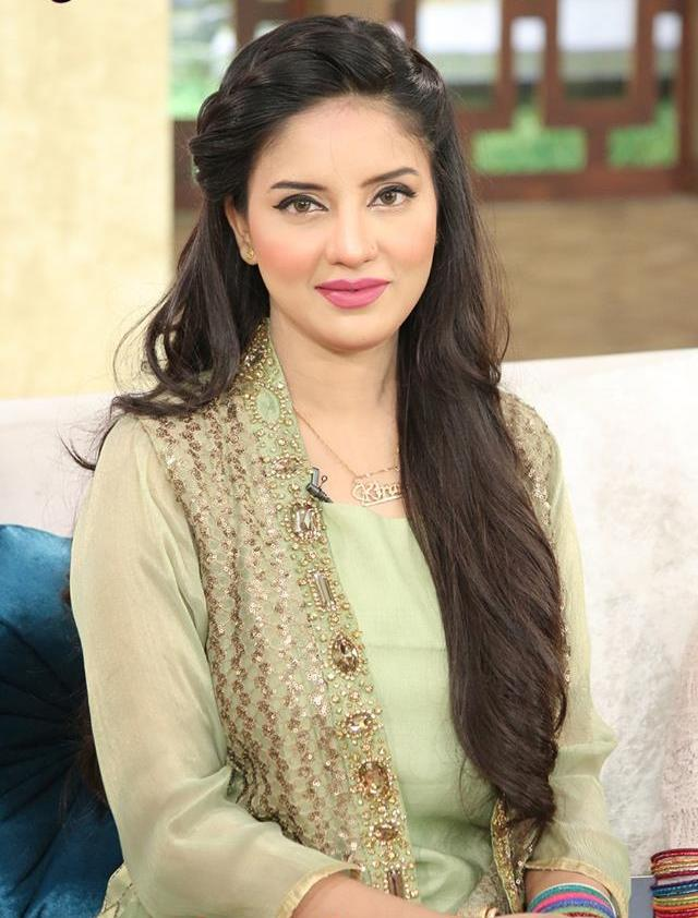 Kiran Naz Pakistani hot anchor