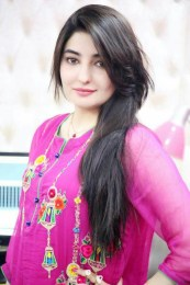 Gul Panra Height, Weight, Age, Body Measurement, Bra Size, Husband, DOB