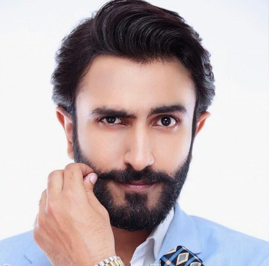 Hammad Shoaib Height, Weight, Age, Body Measurement, Wife, DOB