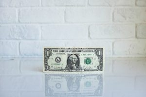 Top Pick: 'Economics in One Lesson' by Henry Hazlitt