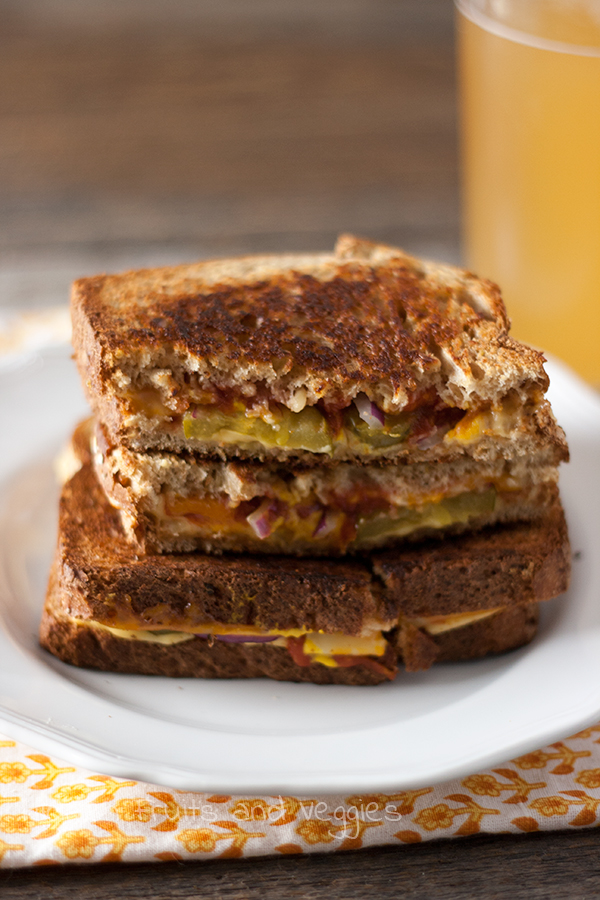 Cheeseburger-Style Grilled Cheese @hiddenfruitnveg