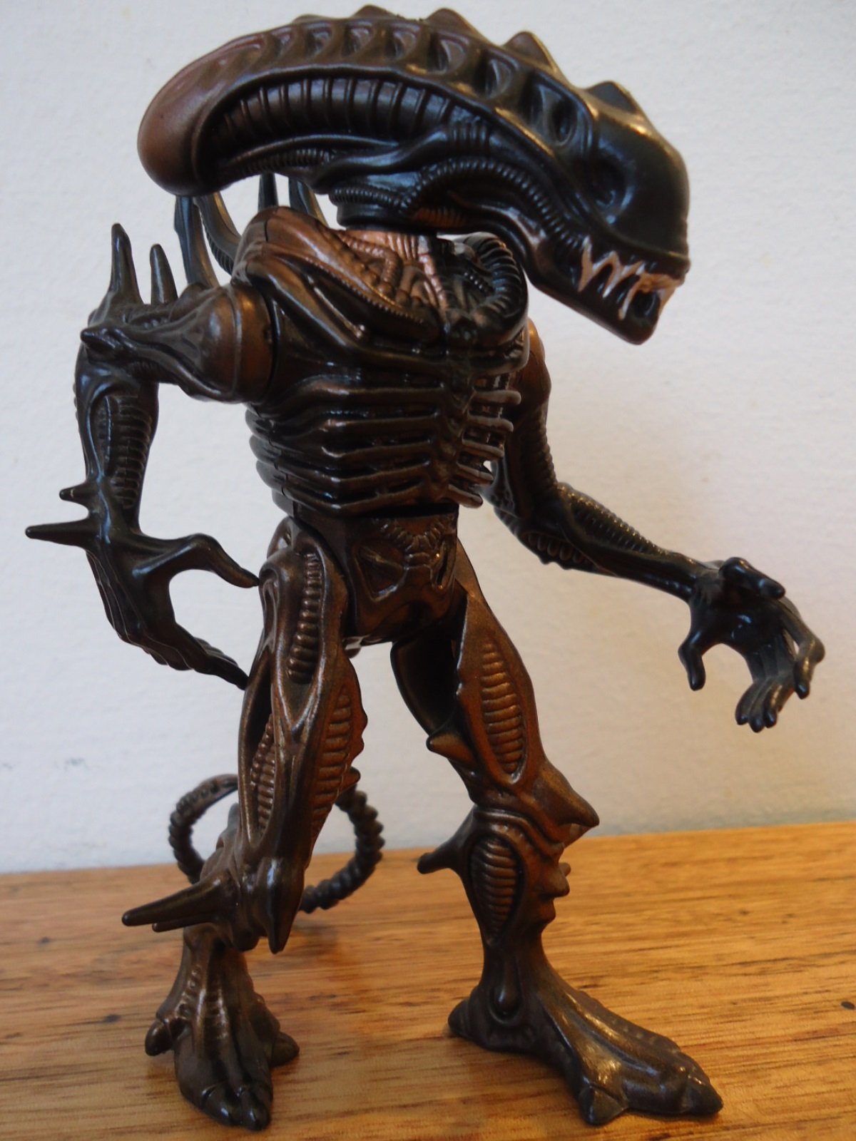 Kenner 1992 Scorpion Alien.