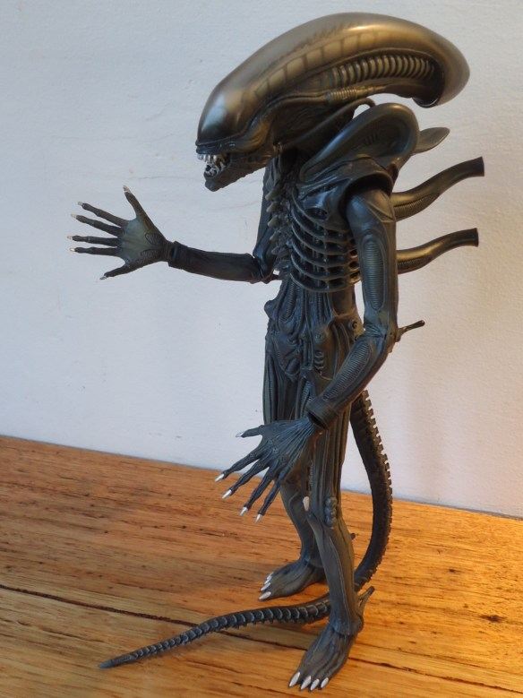 Medicom Real Action Heroes ALIEN Figure