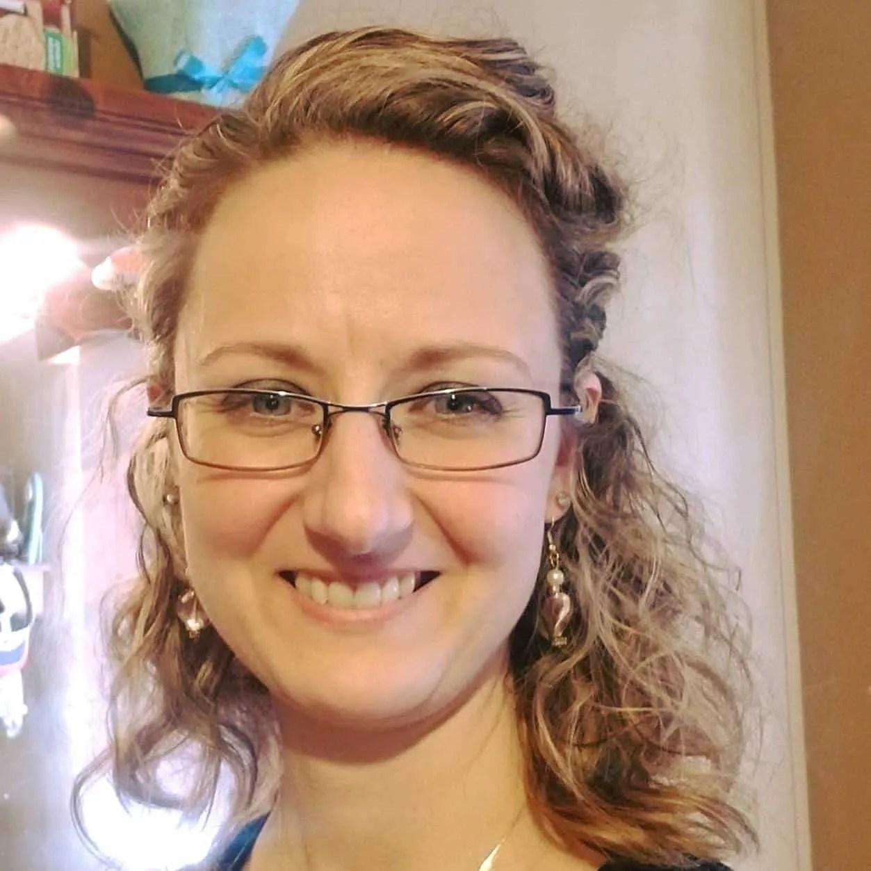 Jen Mackinnon