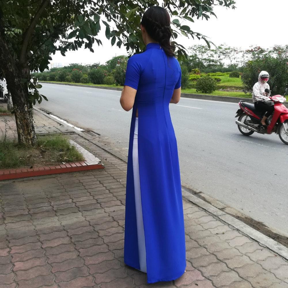 Royal-Blue-Silk-White-Pant-Ao-Dai-Vietnam