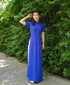 Royal-Blue-Silk-White-Pant-Ao-Dai