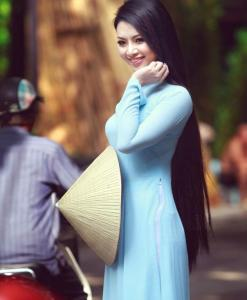 light-blue-ao-dai-vietnam