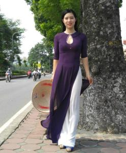 regal-purple-ao-dai-hien-thao