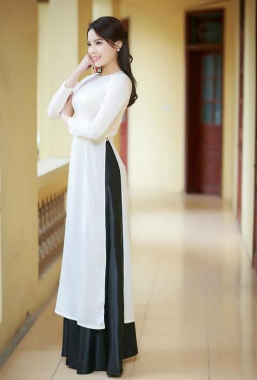 vietnamese-black-white-ao-dai-with-skirt