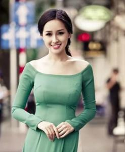 Ao Dai Dresses Green Light