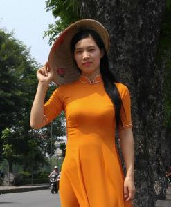 coral-chiffon-ao-dai-vietnam-tailor-shop