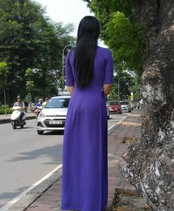 navy-blue-vietnam-ao-dai-tunic-shop-chiffon-fabric
