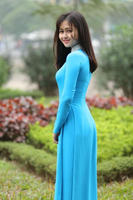 Turquoise Silk Ao Dai Vietnam 2