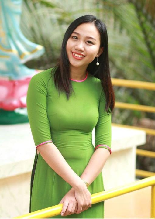 Ao Dai Vietnam Lime Green